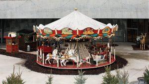 Historisches Karussell, Weihnachtsmarkt, Winter